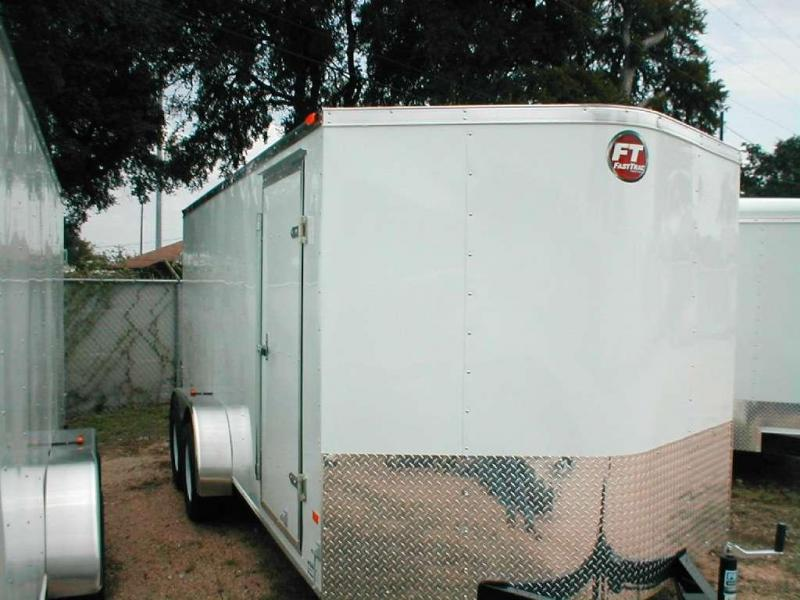 2017 Wells Cargo FT7162 Cargo / Enclosed Trailer