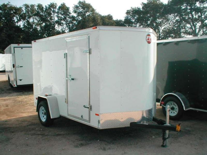 Wells Cargo FT6101-R Cargo / Enclosed Trailer
