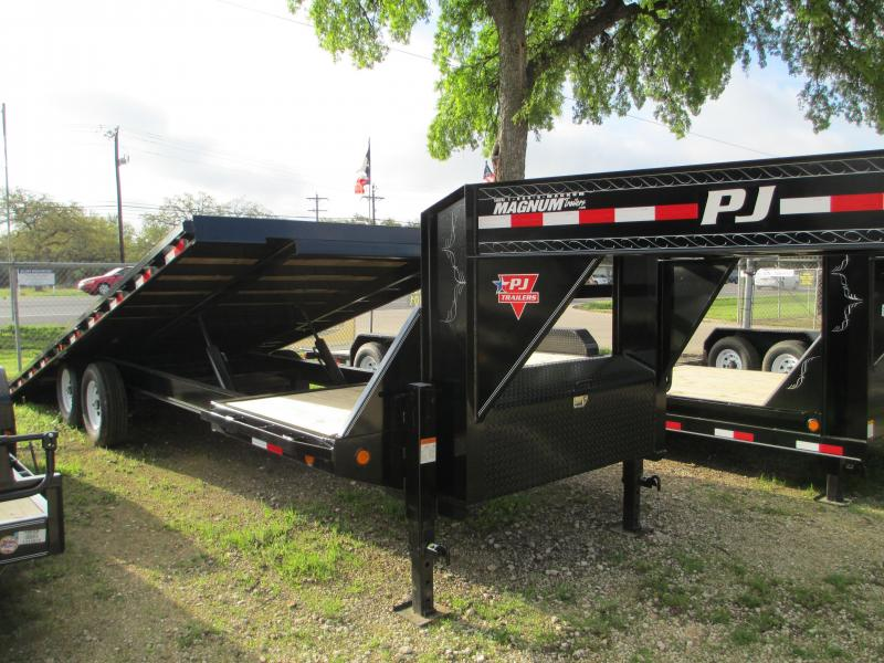 2017 PJ Trailers T8262 Equipment Trailers