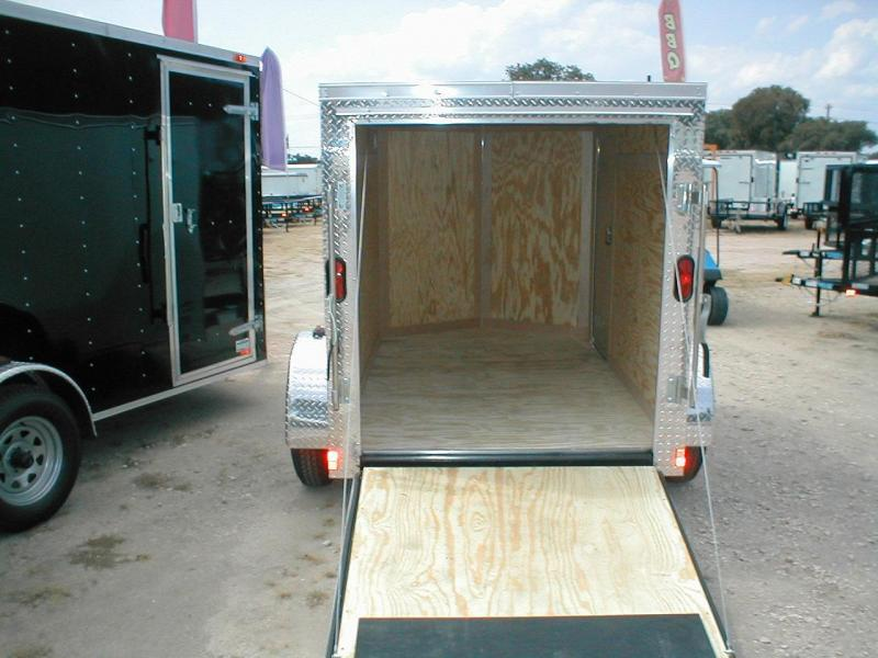 Continental Cargo VHW58SA-R Cargo / Enclosed Trailer