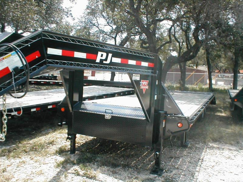 2017 PJ Trailers FS29 Equipment Trailers
