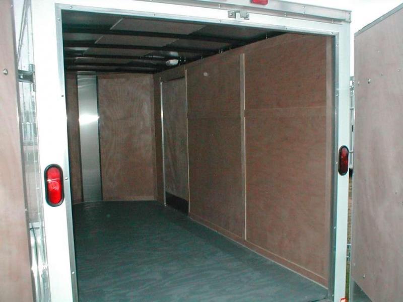 Wells Cargo FT6121 Cargo / Enclosed Trailer