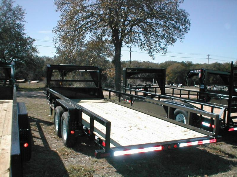 2017 PJ Trailers P818-GN Utility Trailer