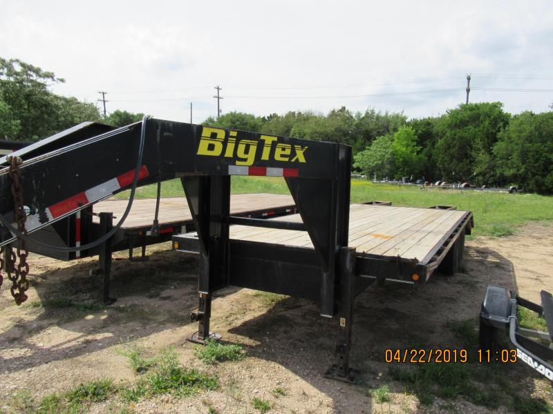 2007 Big Tex Trailers 20GN Flatbed Trailer