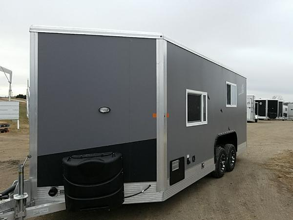 2018 Yetti GE817-PKH Grand Escape Edition