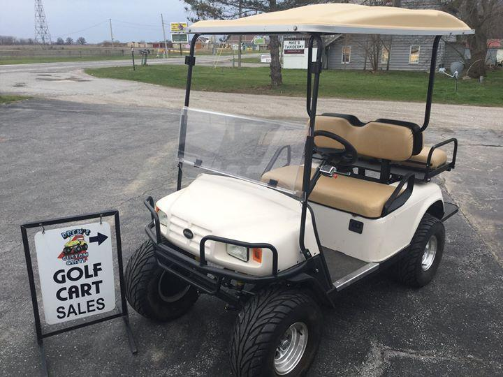 2017 E-Z-Go ST 2+2 Golf Cart