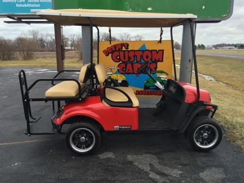 2017 Cushman Shuttle 2+2 Gas Golf Cart