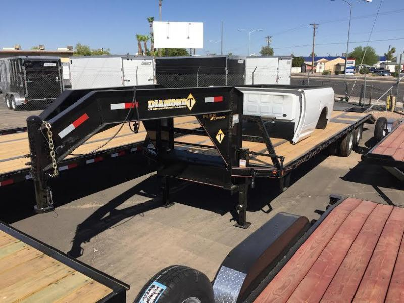INCREDIBLE VALUE! 2017 Diamond T 30' Gooseneck Flatbed Trailer