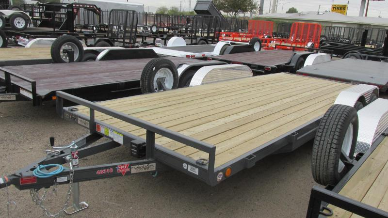 BLOW-OUT PRICING! 2017 PJ Trailers 18' x 4