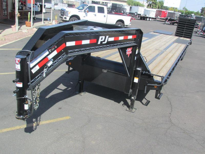 2017 PJ Trailers 36' Low Pro Flat Deck w/ Duals Equipment Trailer