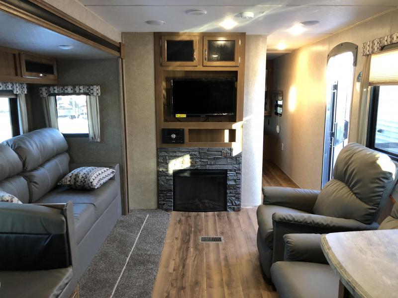 2018 Coachmen CATALINA LEGACY 283RKSLE Travel Trailer