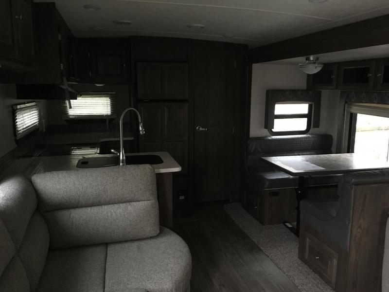 2018 Forest River Inc. FLAGSTAFF SUPER-LITE 29RKWS Travel Trailer