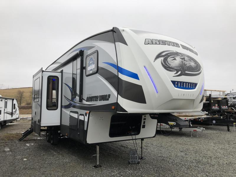 2018 ARCTIC WOLF 305ML6 FIFTH WHEEL