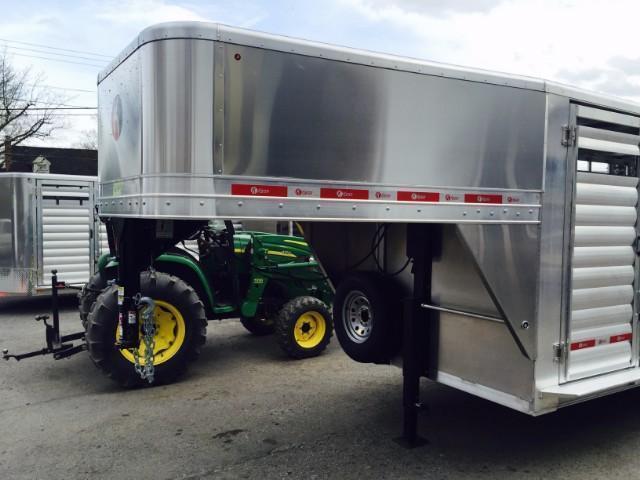 "2018 Kiefer Manufacturing All-Aluminum Gooseneck Livestock Trailer 6'8"" x 6'6"" x 20'"
