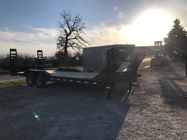 2018 Load Trail 102X24 GOOSENECK DRIVE OVER FENDERS 14K Equipment Trailer