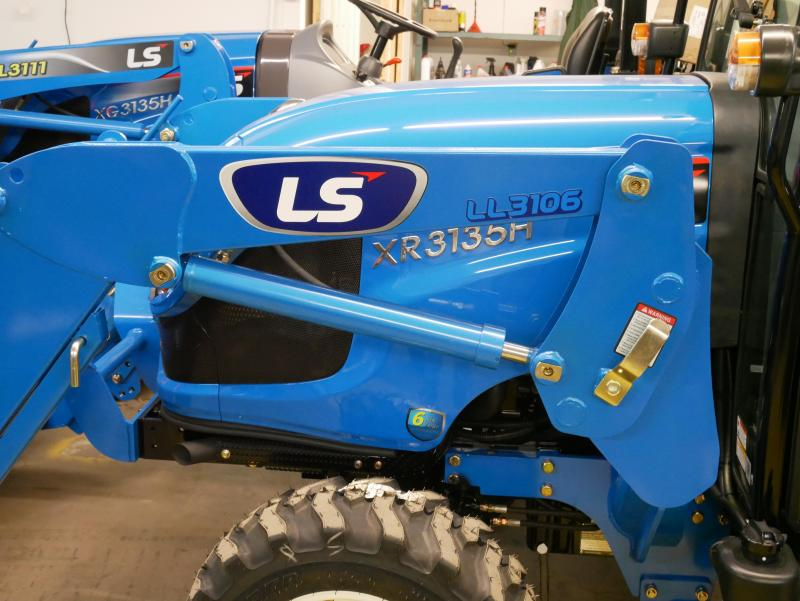 2018 LS Tractor XG3135H 4x4 Compact Tractor