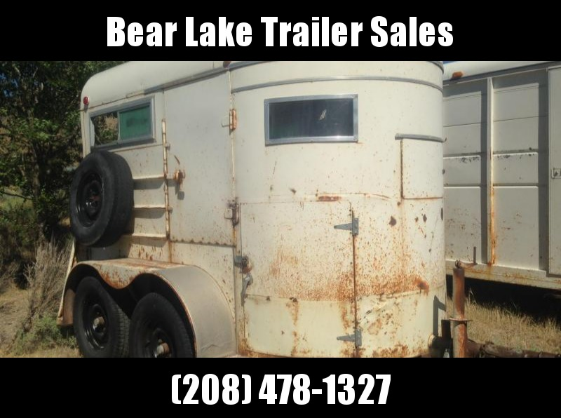 1975 Hale Trailers 2 horse straight Horse Trailer