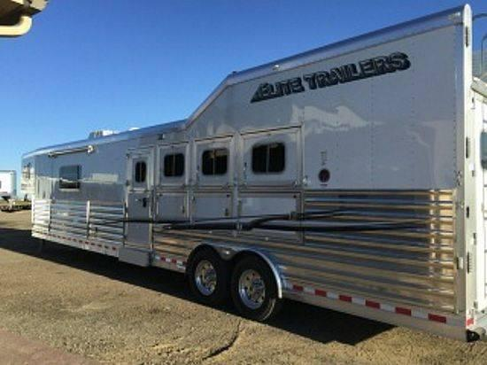2015 Elite 16.5 Slide with OUTLAW Conversion 4 Horse Slant Load Gooseneck Horse Trailer With Living Quarters