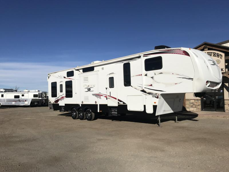 2010 Keystone RV Fuzion FZ398 Toy Hauler 14 Garage Toy Hauler