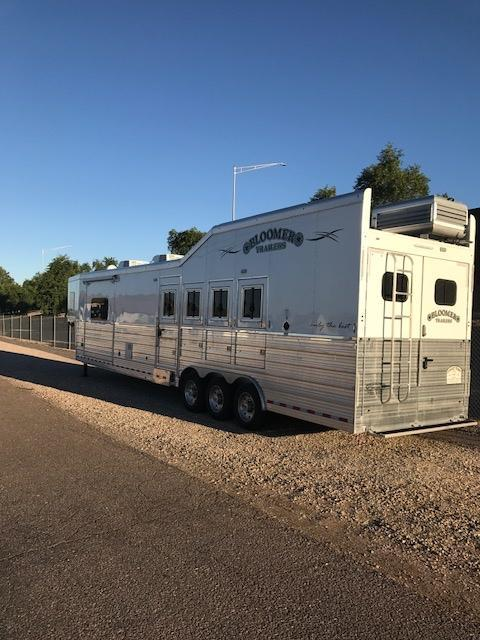 2018 Bloomer Trailer Manufacturing 17' SW Slide Out 4 Horse Trailer