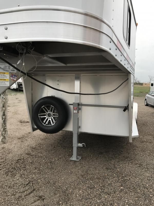 2018 Exiss Trailers  3 Horse Trailer