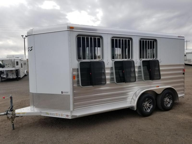 2017 Exiss 3 Horse Slant Load Bumper pull