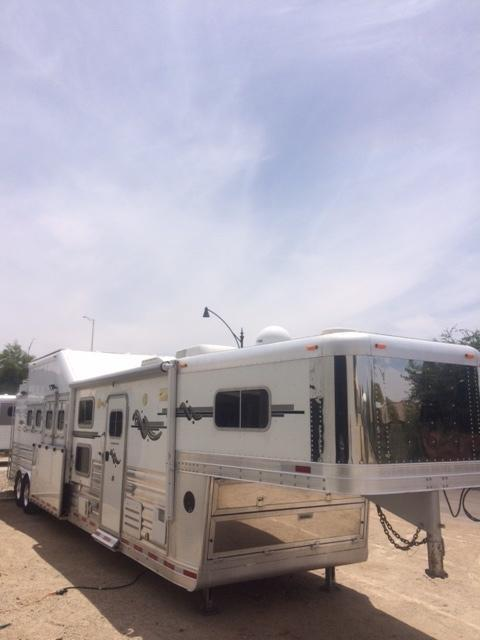 2012 Platinum Coach 4 Horse Rev Load Bunk Bed Trailer