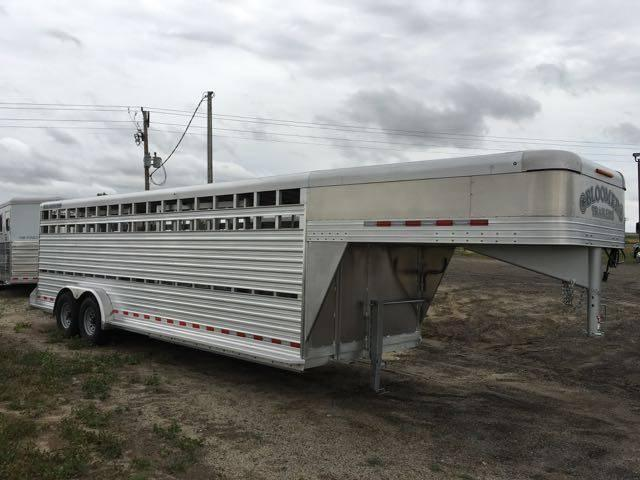 2016 Bloomer 24' Stock Trailer