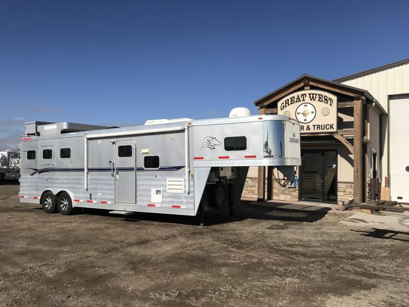 2009 Sooner 11ft Short Wall Slide Out 3 Horse Trailer