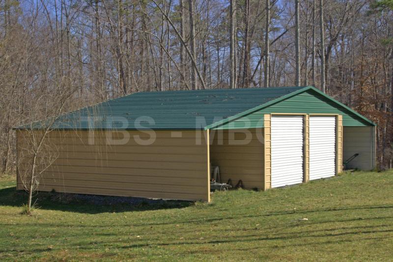 48X35 Garage / Barn #B002
