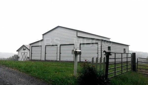 48x40 Barn / Garage #B050