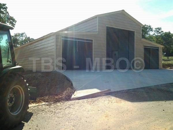 42X35 Garage / Barn #B001