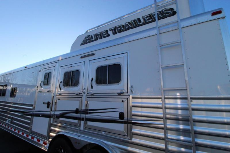 2018 Elite Trailers Custom with Trail Boss Conversion Living Quartret Horse Trailer