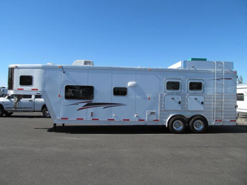 2013 Exiss Trailers Living Quarter Horse Trailer