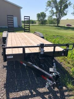 "2019 H&H Trailers 82""x18+2' Industrial Flatbed Tandem Axles"