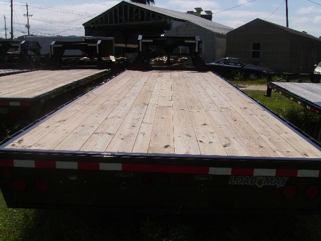 8.5x24 Load Trail Trailers Heavy Duty Gooseneck Trailer