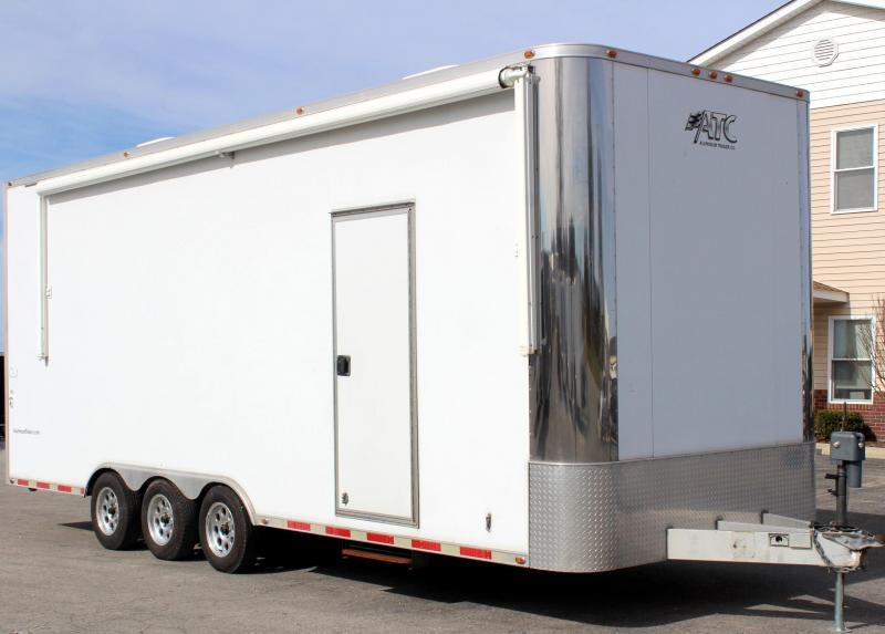 <b>MEGA SALE NOW $13995</b> Pre-Owned 2005 25' ATC All Aluminum Triaxle Trailer Extra Height Electric Awning