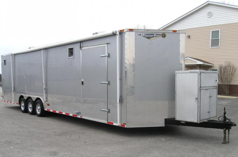 SALE PENDING Pre-Owned 2013 32' Triaxle Freedom Trailer Escape Door Finished Interior 2 A/C's Flooring & 110V Electric