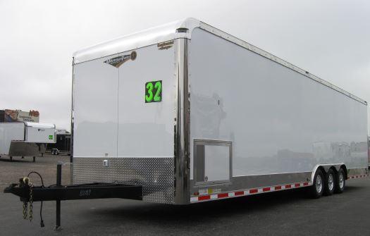 2018 32' Millennium Auto Master Triaxle LOADED Black Cabinets