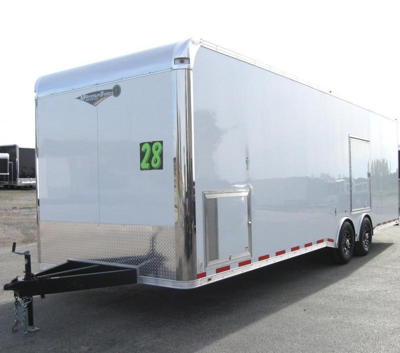<b>TRAILER OF THE DAY #4 SAVE $5800 OFF MSRP NOW $21399</b> 2018 28' NEW Millennium Platinum Trailer Escape Door 2/6k Axles