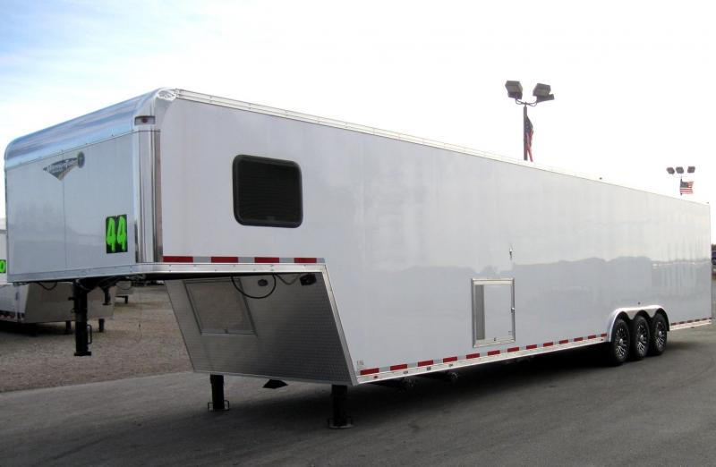 <b>YEAR-END SALE ONLY $34999 SAVE $4500 OFF MSRP</b> 2018 THE NEW 44' Millennium Platinum Perfect Price/Perfect Options With Full Bathroom