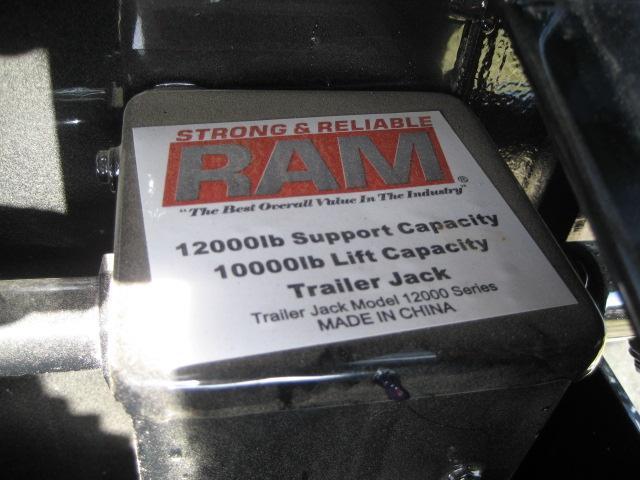 *H45* 8.5x32 Load Trail Gooseneck Trailer Car Hauler 8.5 x 32   CHG102-32T7-DOF