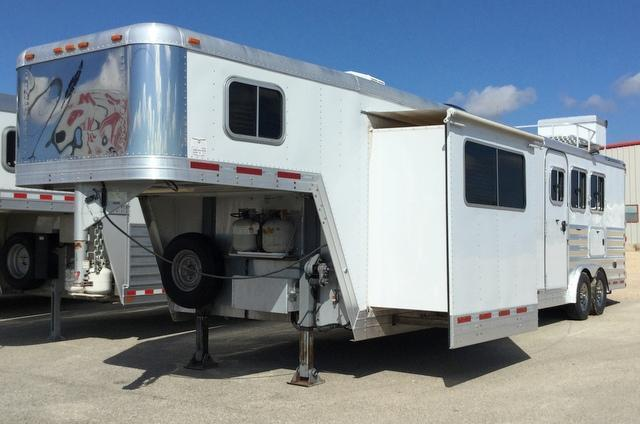 2007 Featherlite 3 HORSE 18 FT. SHORT WALL Horse Trailer