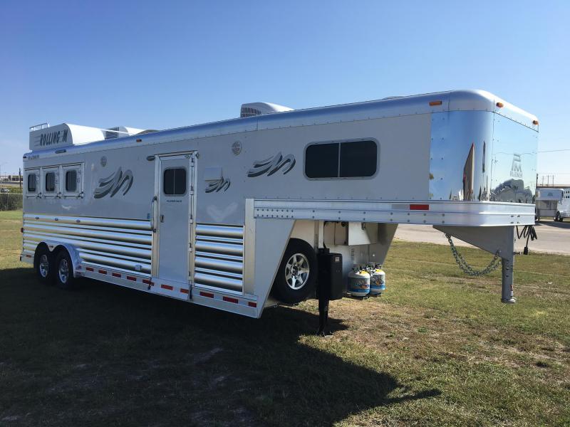 2018 Platinum Coach 3H 10 LQ w/Generator Horse Trailer