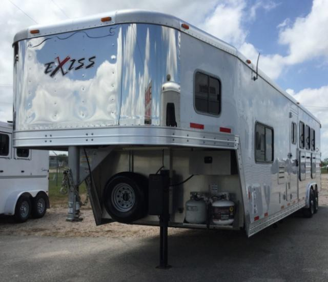 2014 Exiss 4 HORSE 10 FT SHORT WALL Horse Trailer