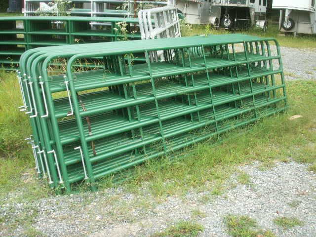 2016 7-BAR GATE SPECIAL Equipment Trailers