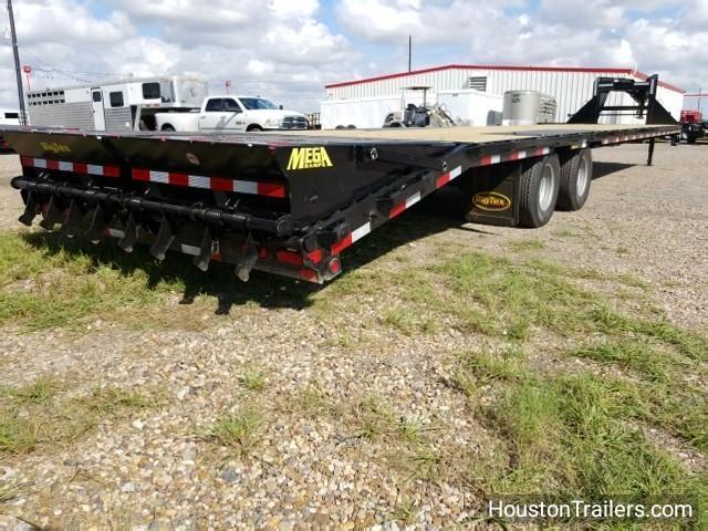 2018 Big Tex Trailers 22GN 35+5 Flatbed Trailer BX-105