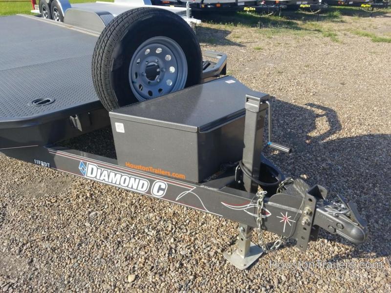 2017 Diamond C Trailers 20' Roadclipper Car / Racing Trailer CO-1018