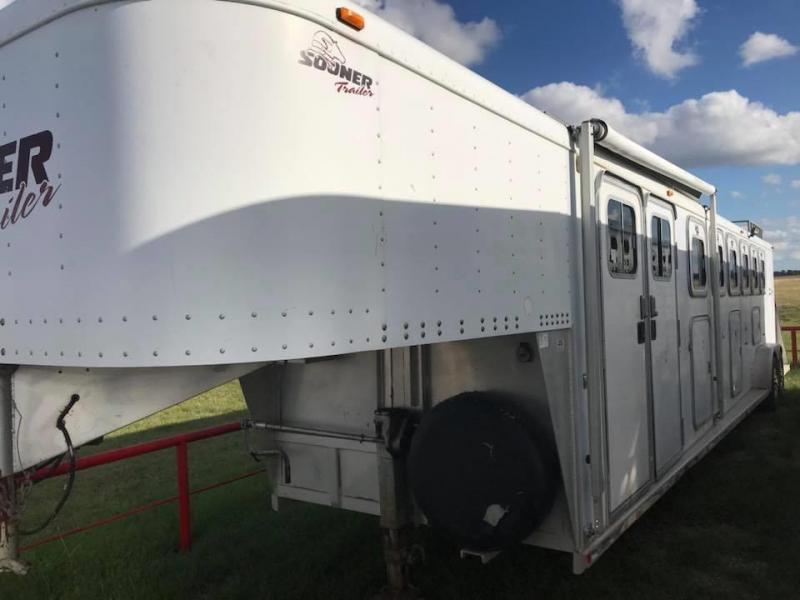 1998 Sooner Trailers 6 Horse Trailer co-1019
