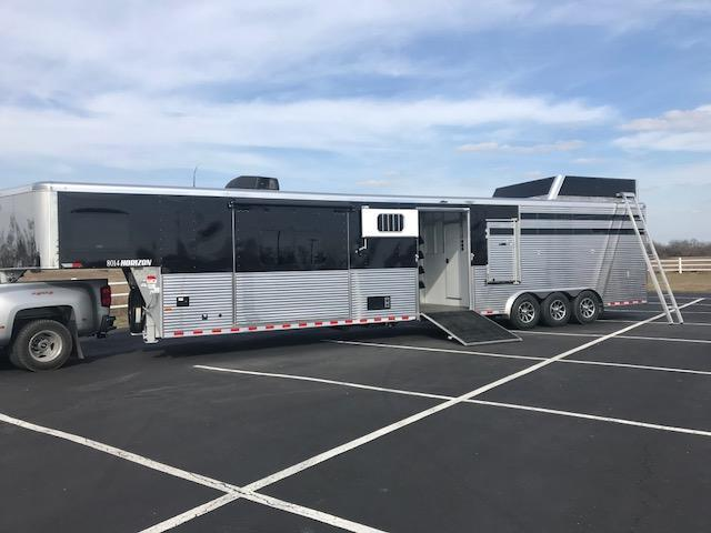 2019 Sundowner Trailers Special Order 8014 Horizon Stock Living Quarter